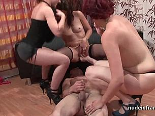 lesbian porno stars die strumpfe